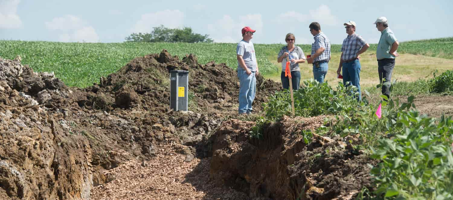 Construction of bioreactor, effective water quality solution